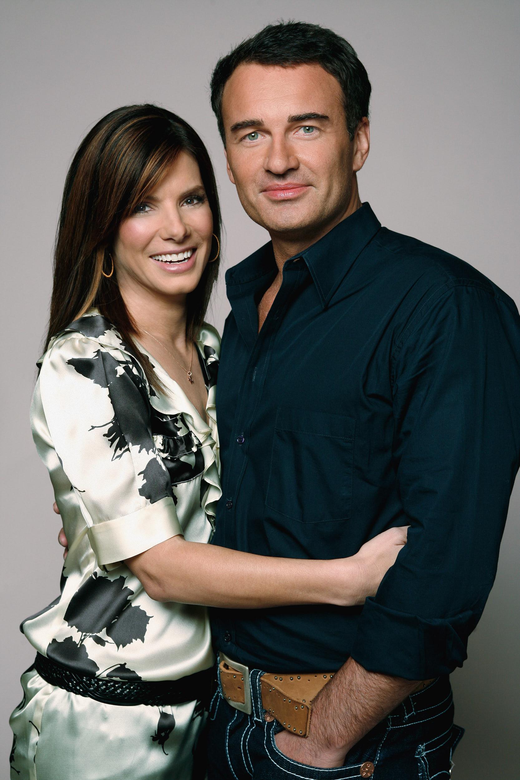 Sandra Bullock & Julian McMahon
