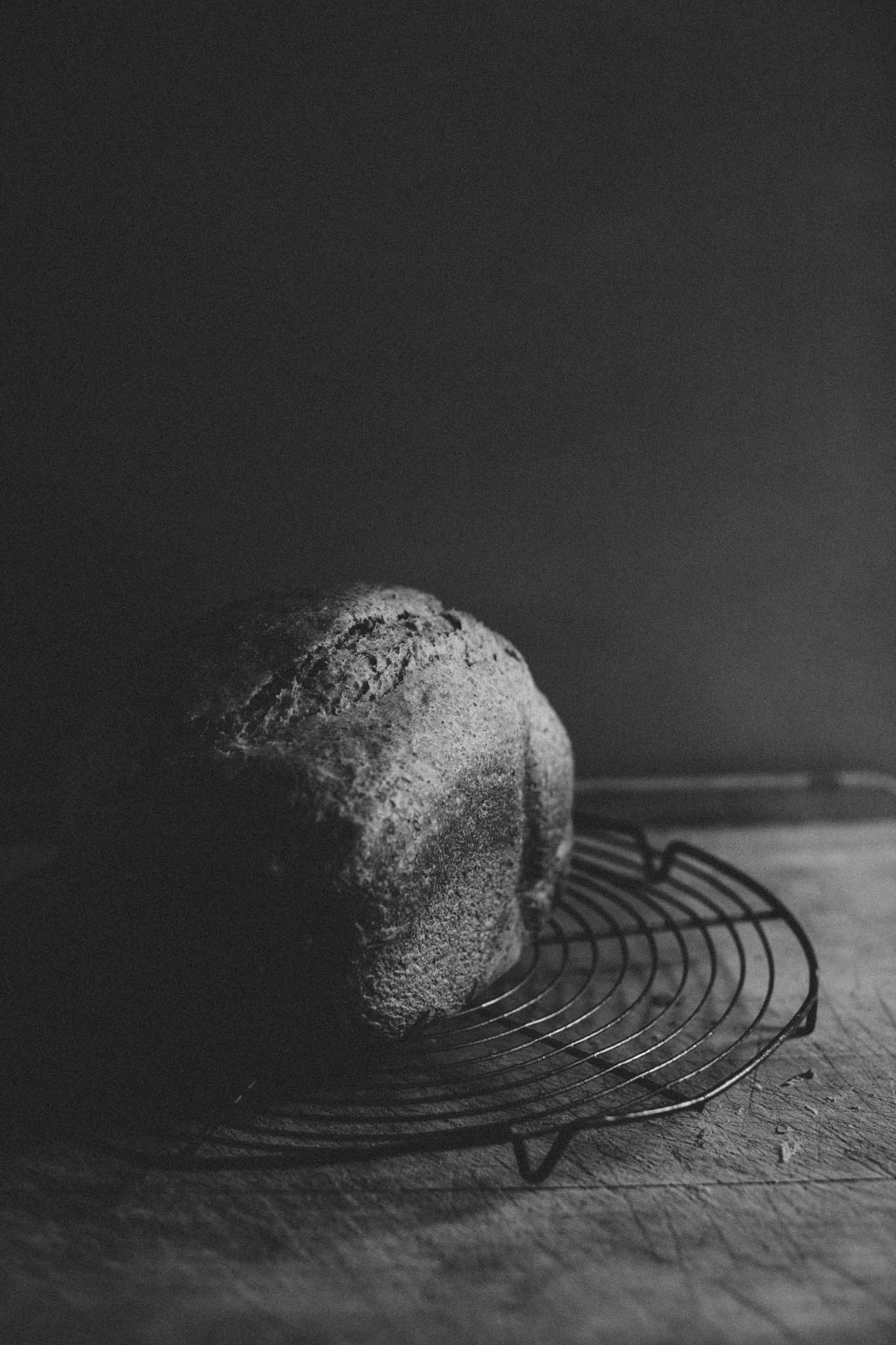 Panasonic SD-2500 bread maker review // Retreat blog - a food and lifestyle blog. Photos by Emma Gutteridge