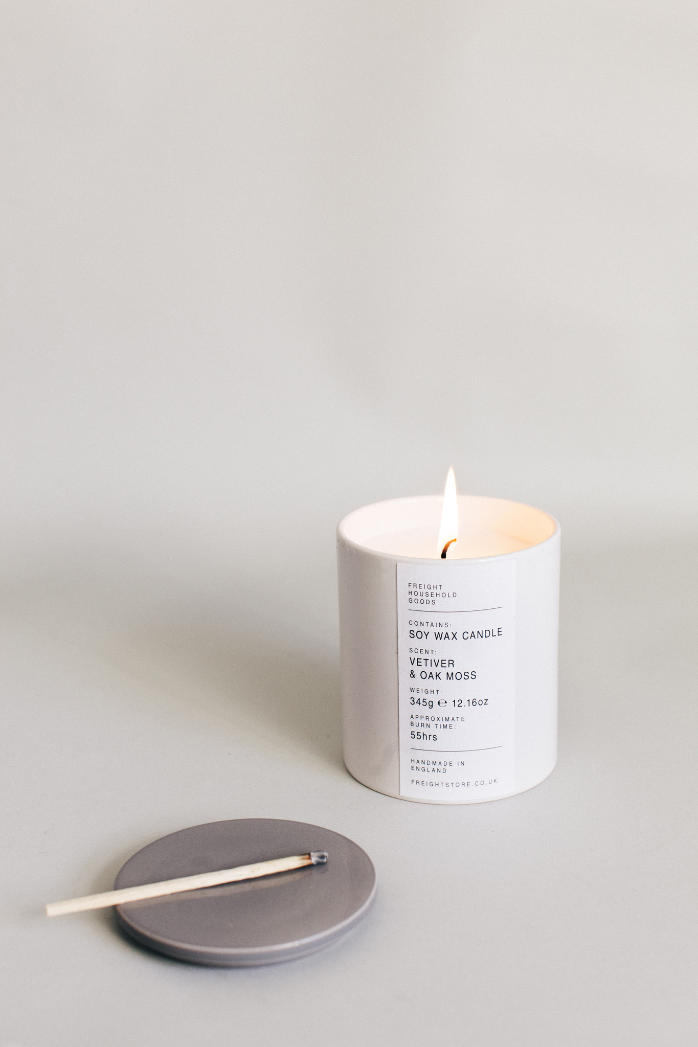 Velvetier and oak moss soy candle by Fright of Lewes. Retreat // Food and lifestyle blog based in Sussex. Photography by Emma Gutteridge.