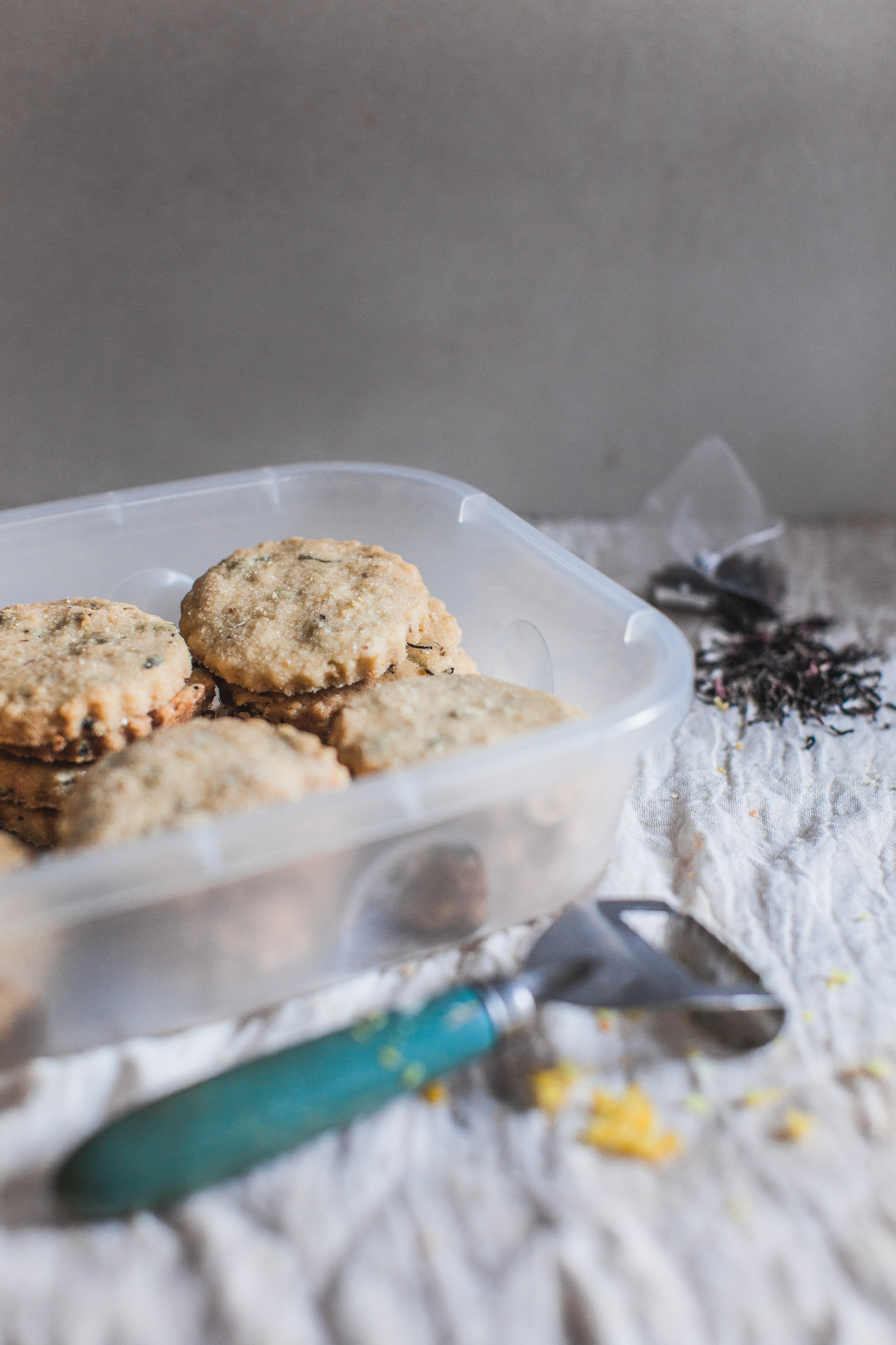 Who store their biscuits in a rusty old tin anyway?! Easy lemon and earl grey shortbread recipe. Retreat // Food and lifestyle blog based in Sussex. Photography by Emma Gutteridge.