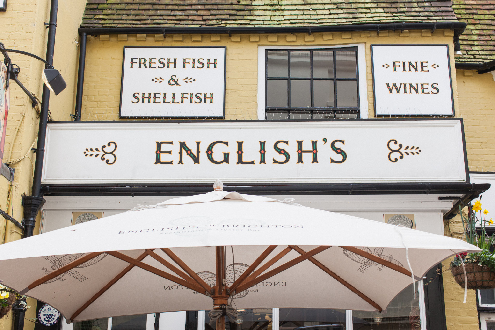 English's Brighton - traditional seafood restaurant. Photography by Brighton and London photographer Emma Gutteridge