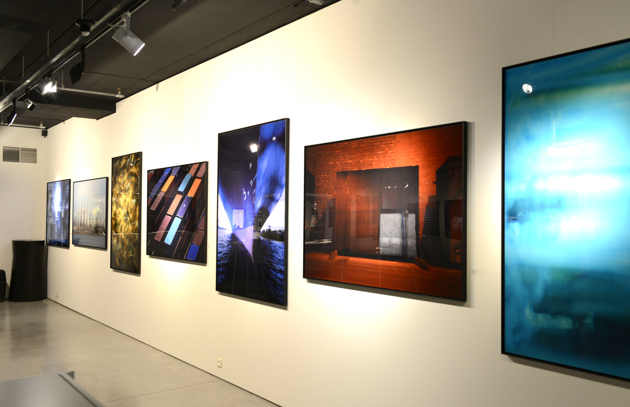 young-gallery-bruxelles-2.jpg