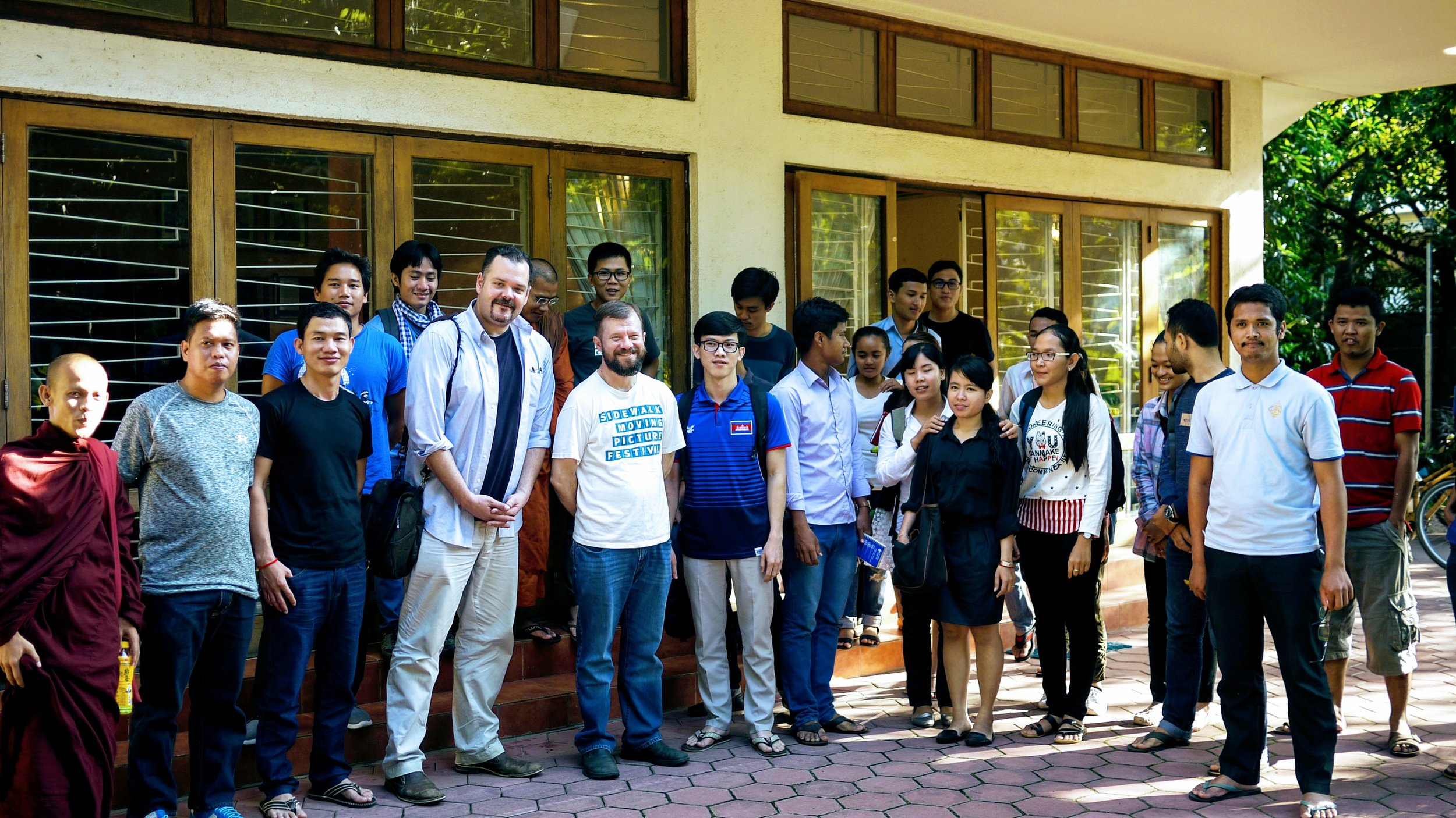 Dr Bradley J. Murg and Thomas Pearson, board members at Greater Mekong Research Center, with the Politikoffee group.