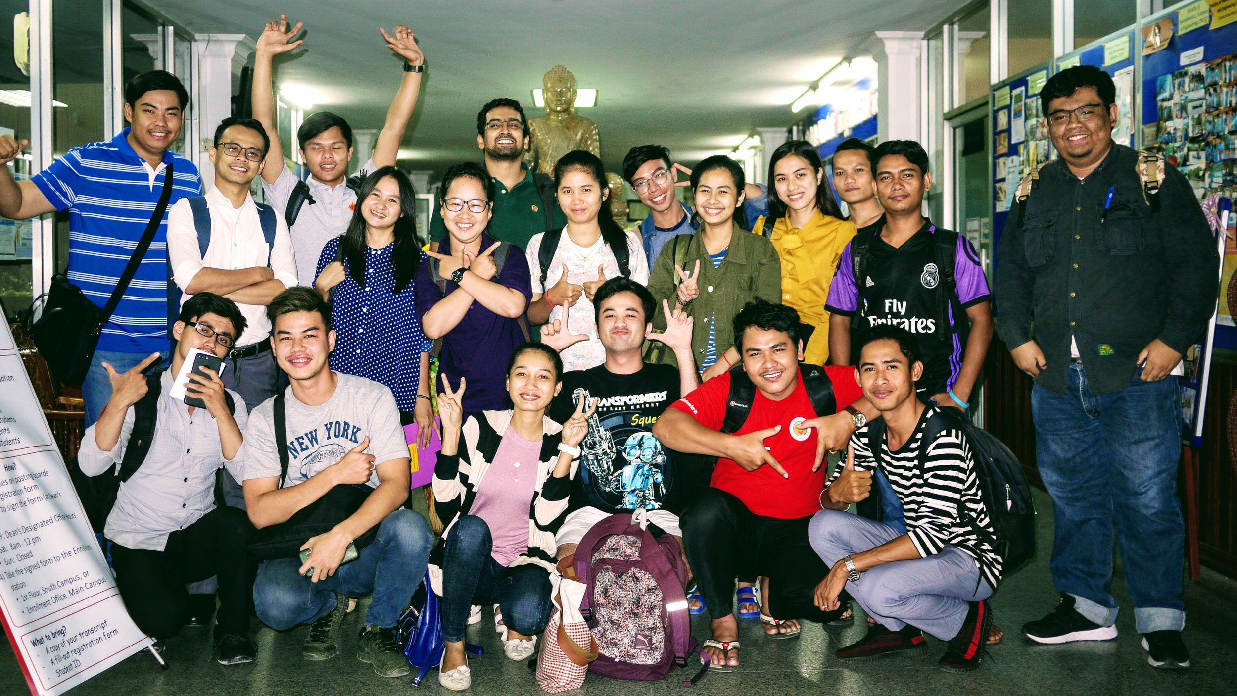 """The lecture on the """"legal aspects of blogging and citizen journalism"""" was attended by 30 students from Pannasastra's Media and Ethics course."""