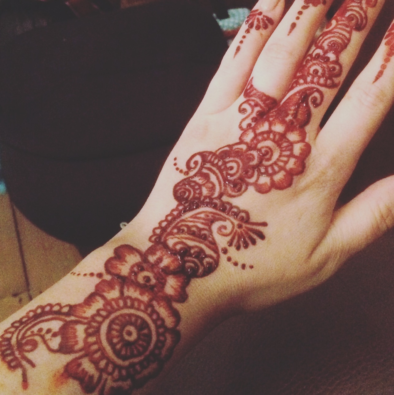 Experienced Henna Practioners