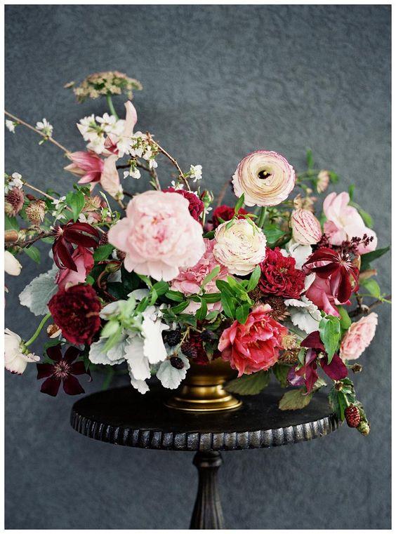 image via  Wedding Sun Veiled Magazine