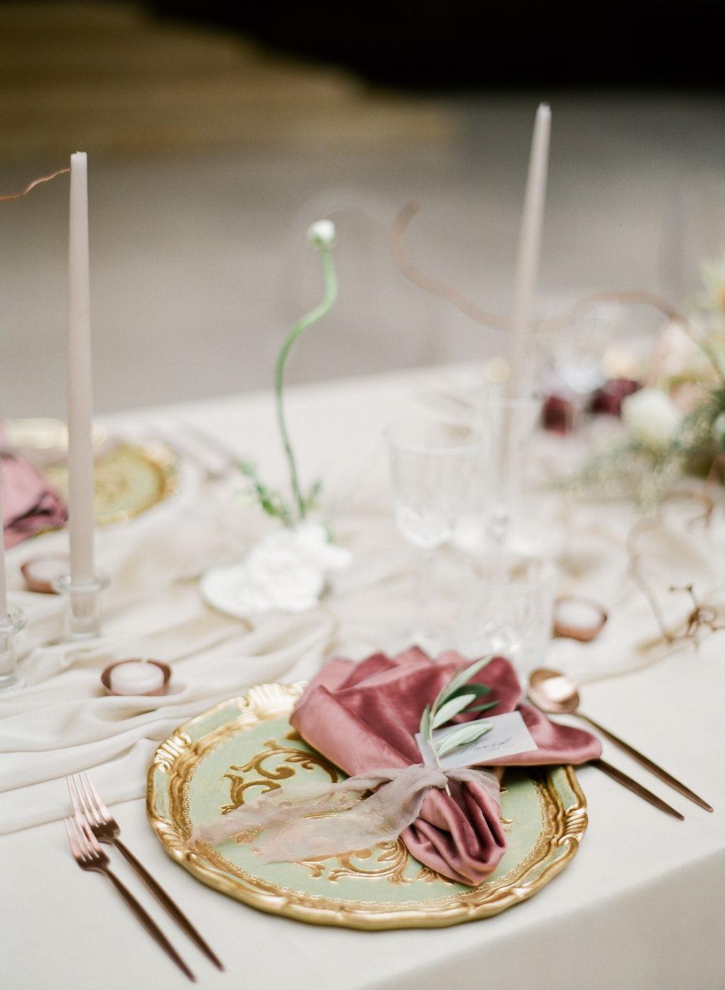 artiese-ago-wedding-editorial-000423610005.jpg