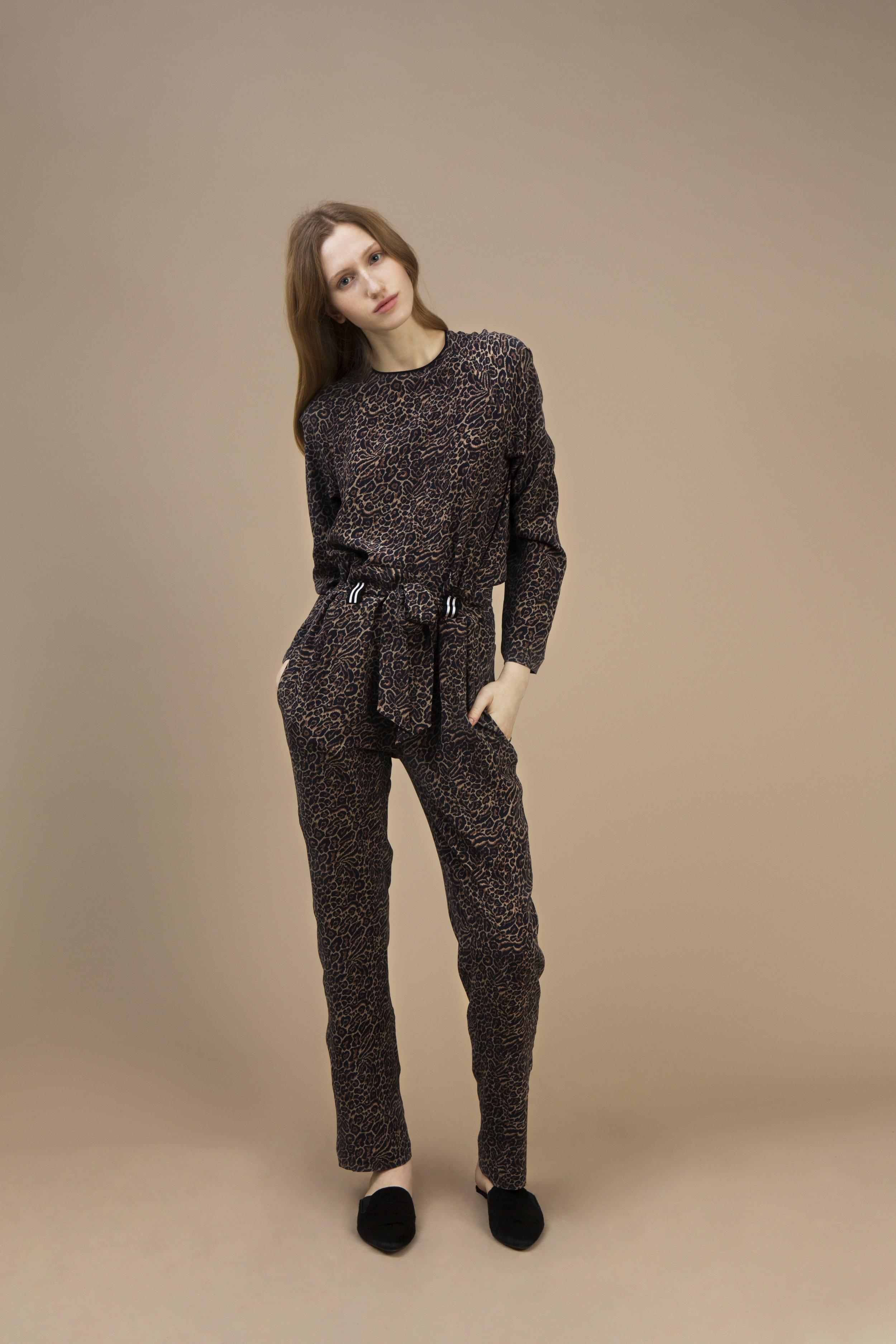Crepe silk Long sleeves top and Highwaist pant — Wild Cat