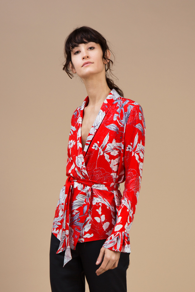 Crepe silk Kimono — Red Carnation