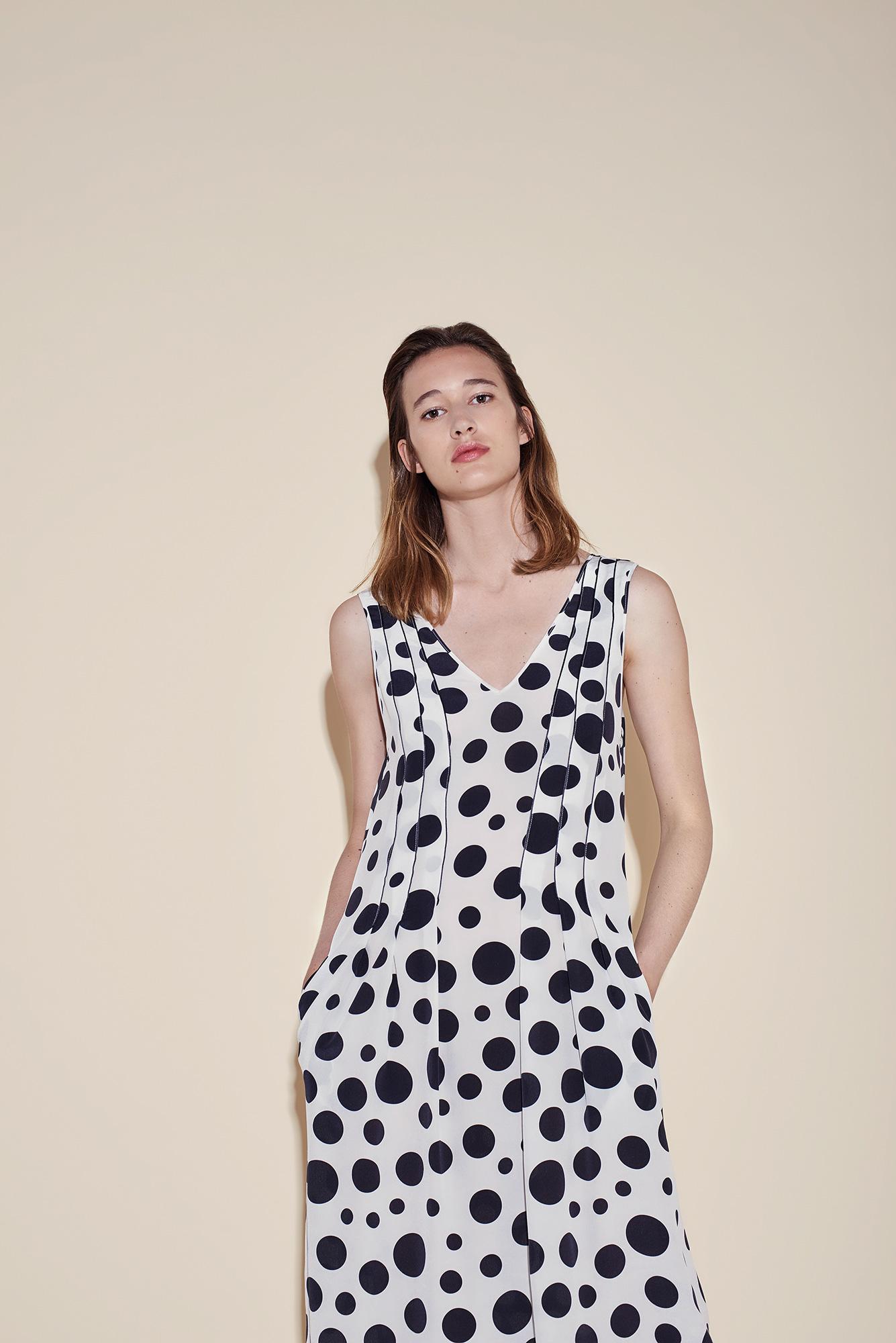 V dress crepe silk polka dots black