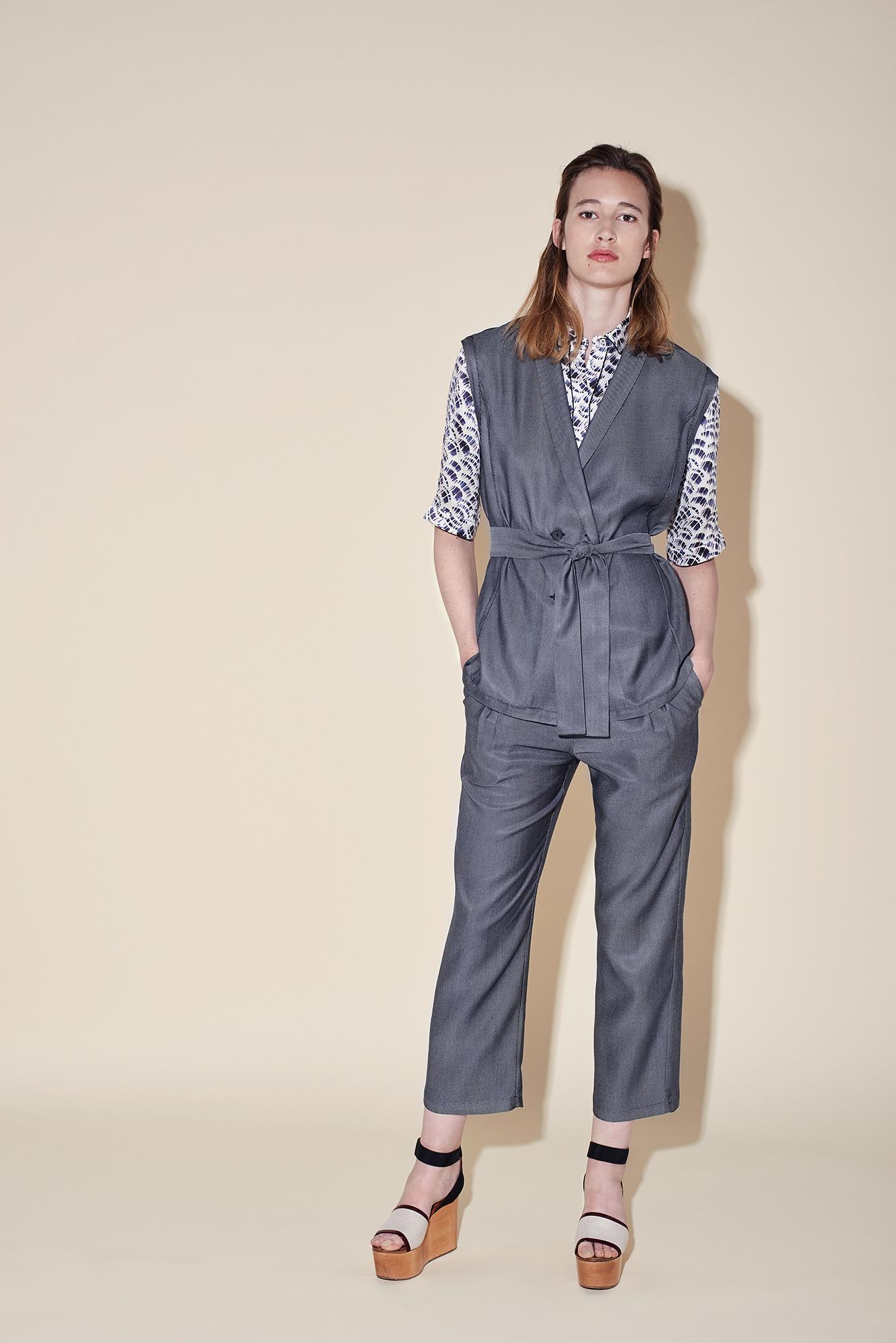 Sleeveless jacket silk denim - Short sleeves shirt silk seersucker small brush - Ankle pant silk denim