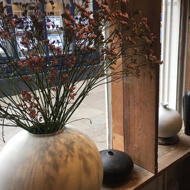 Lovely forms of Japanese ceramics at Maud & Mabel exhibition. — #ceramics #art @hampstead @maudandmabellondon #japaneseceramics