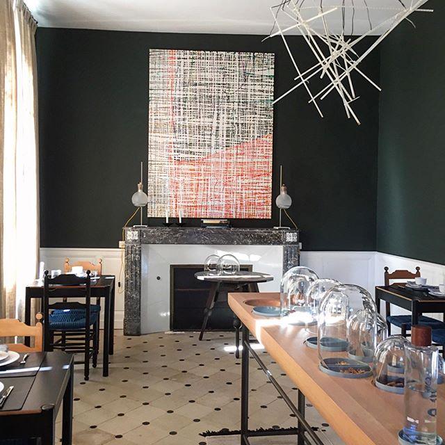 Breakfast art gallery. Notice cereal bowls displayed under glass domes 👀 — #art #burgundy #interiordesign #luxurylifestyle #luxuryinterior #chateau