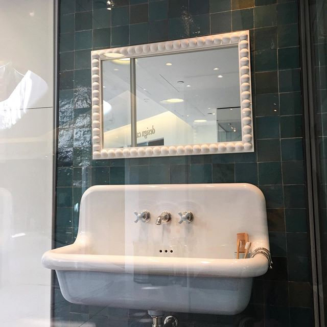 Love this combination of #zellige tiles, bobbin mirror and @watermonopoly. All elements are so beautifully made by masters in their craft. — @designcentrech #focus19atdcch  #interiordesign #bathroomdesign #handmadetiles