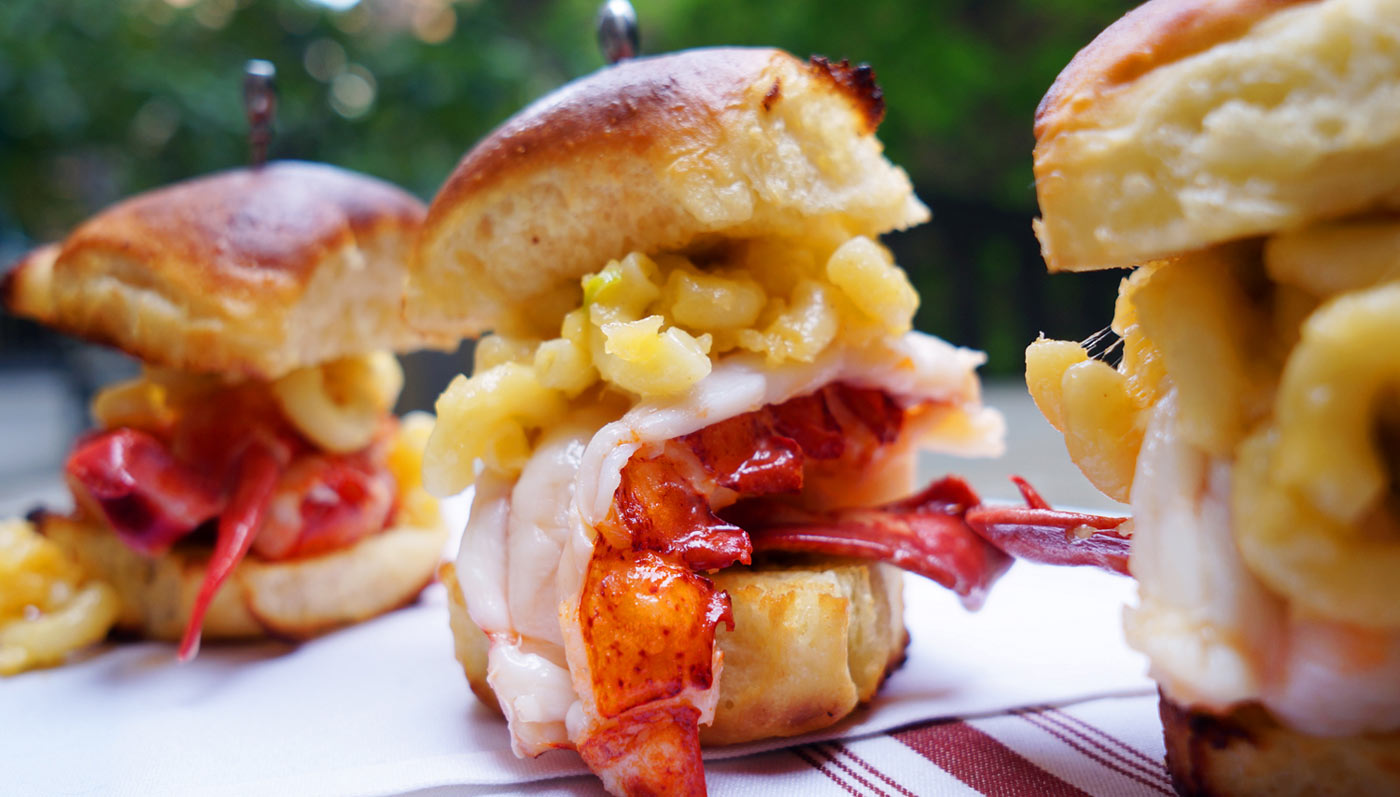 Butter Poached Lobster Mac And Cheese Sliders