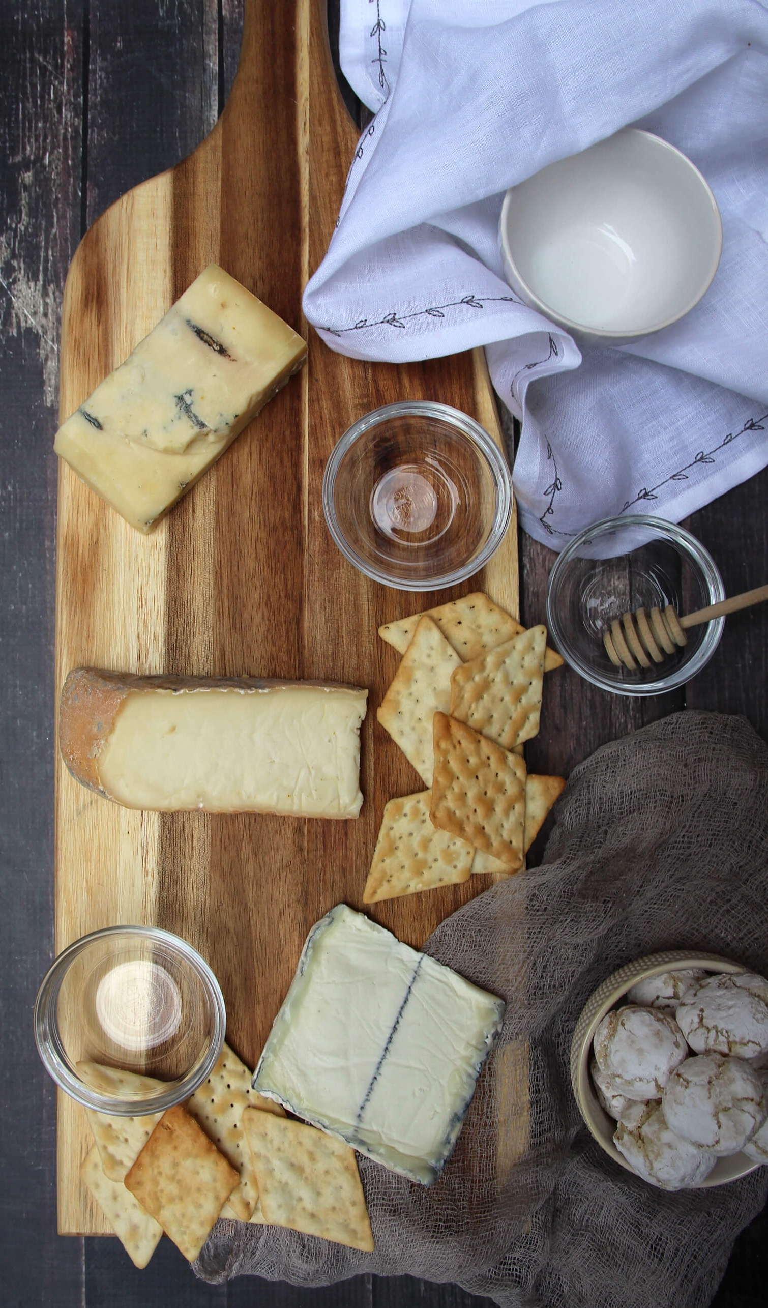 How-To Build A Passover Cheeseboard