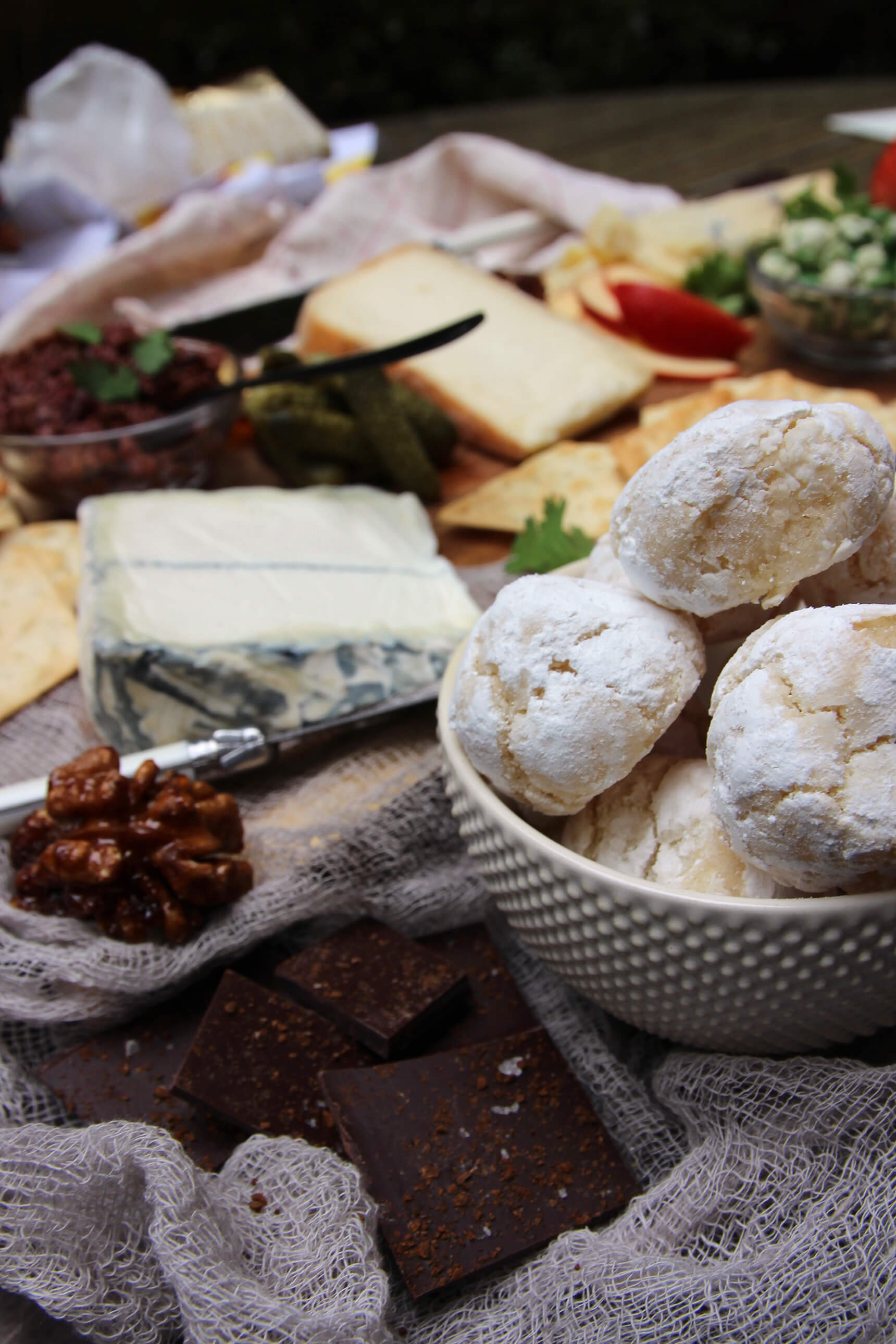 How-To Make A Passover Friendly Cheeseboard