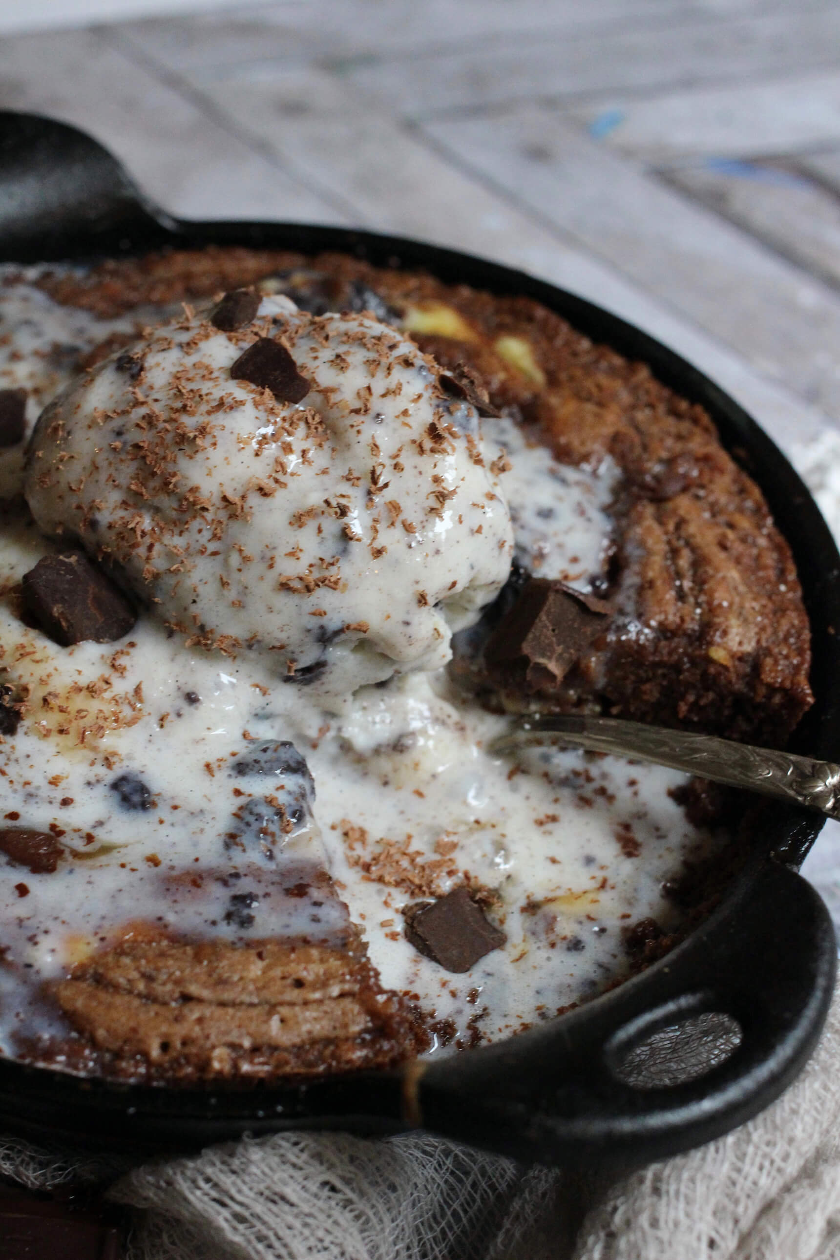 Skillet Marbled Brownie A La Mode