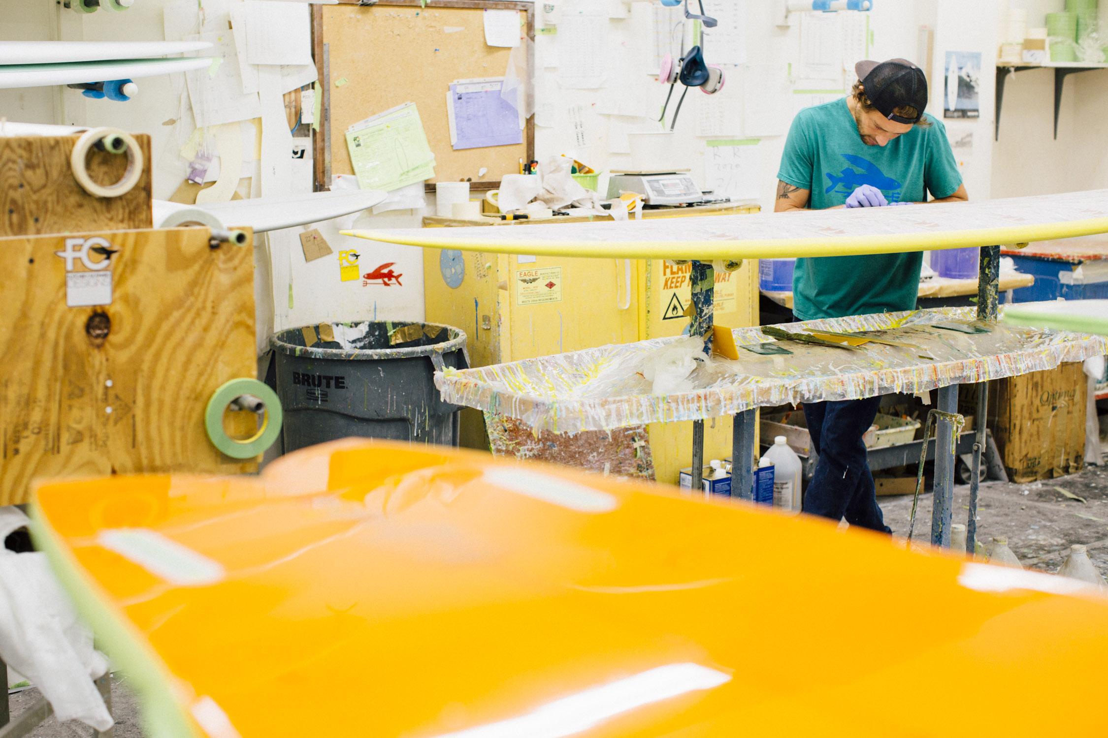 FCD Surfboards_Materials_Glassing.jpg