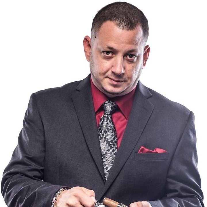 Danny-Viera-Profile-Pic-Micallef-Cigars.jpg