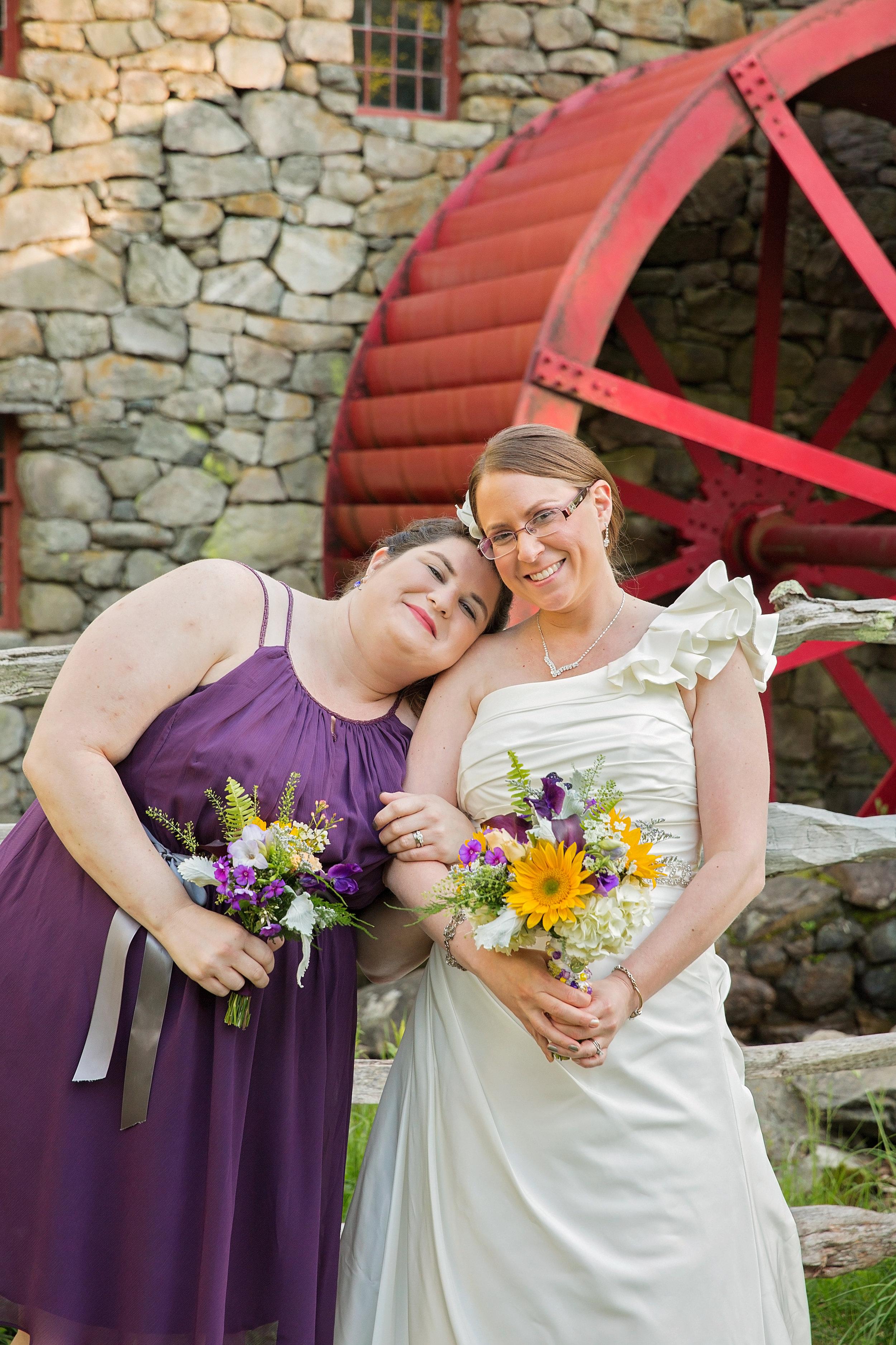 Wedding formats bride maid of honor