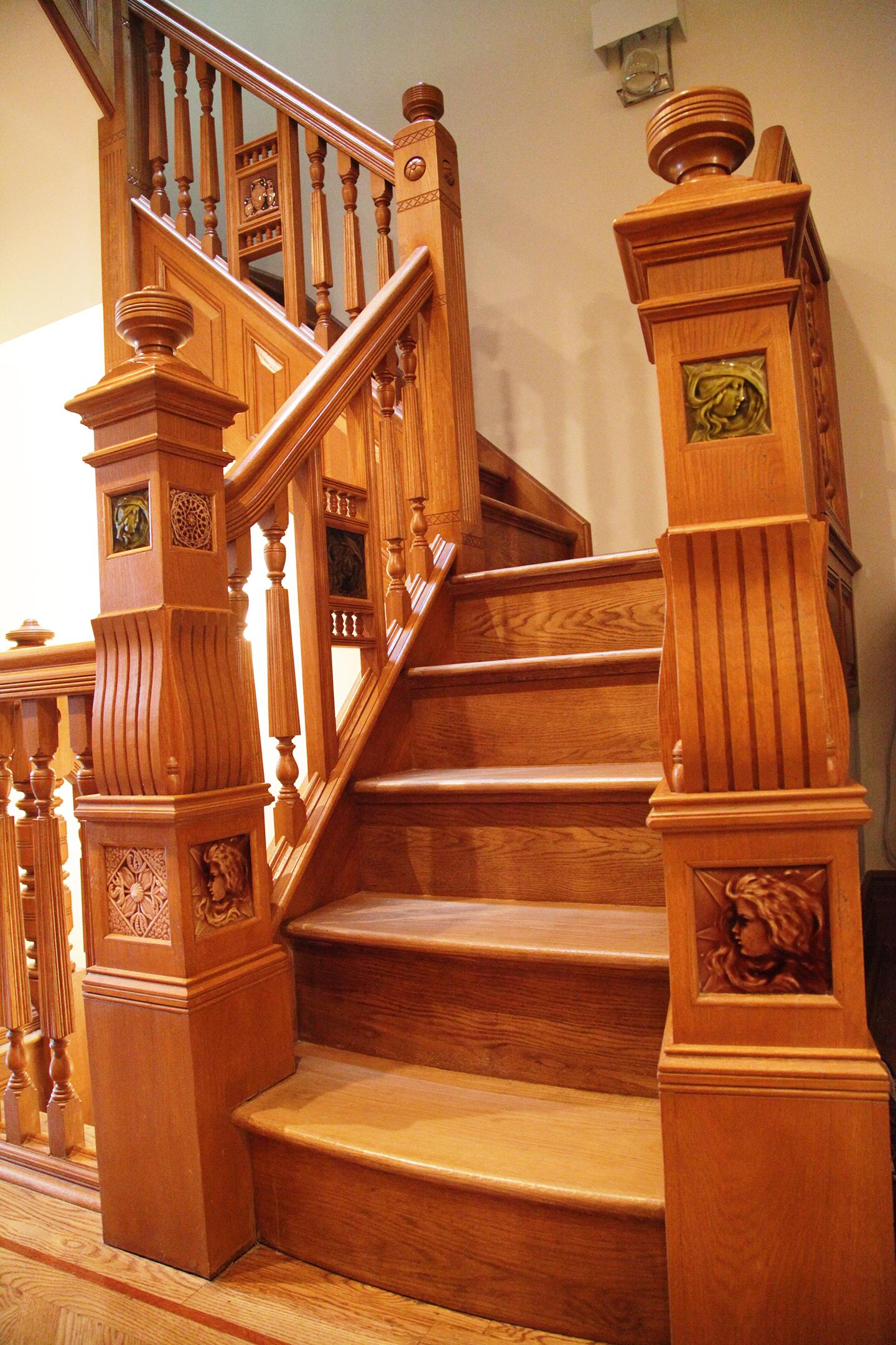 Main Fl Staircase.jpg