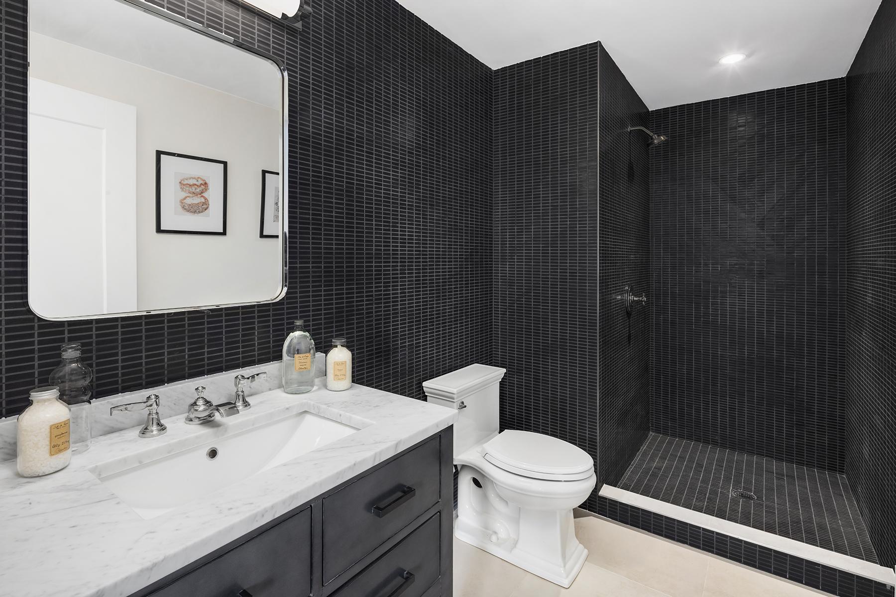 4_bedford_Black Bath.jpg