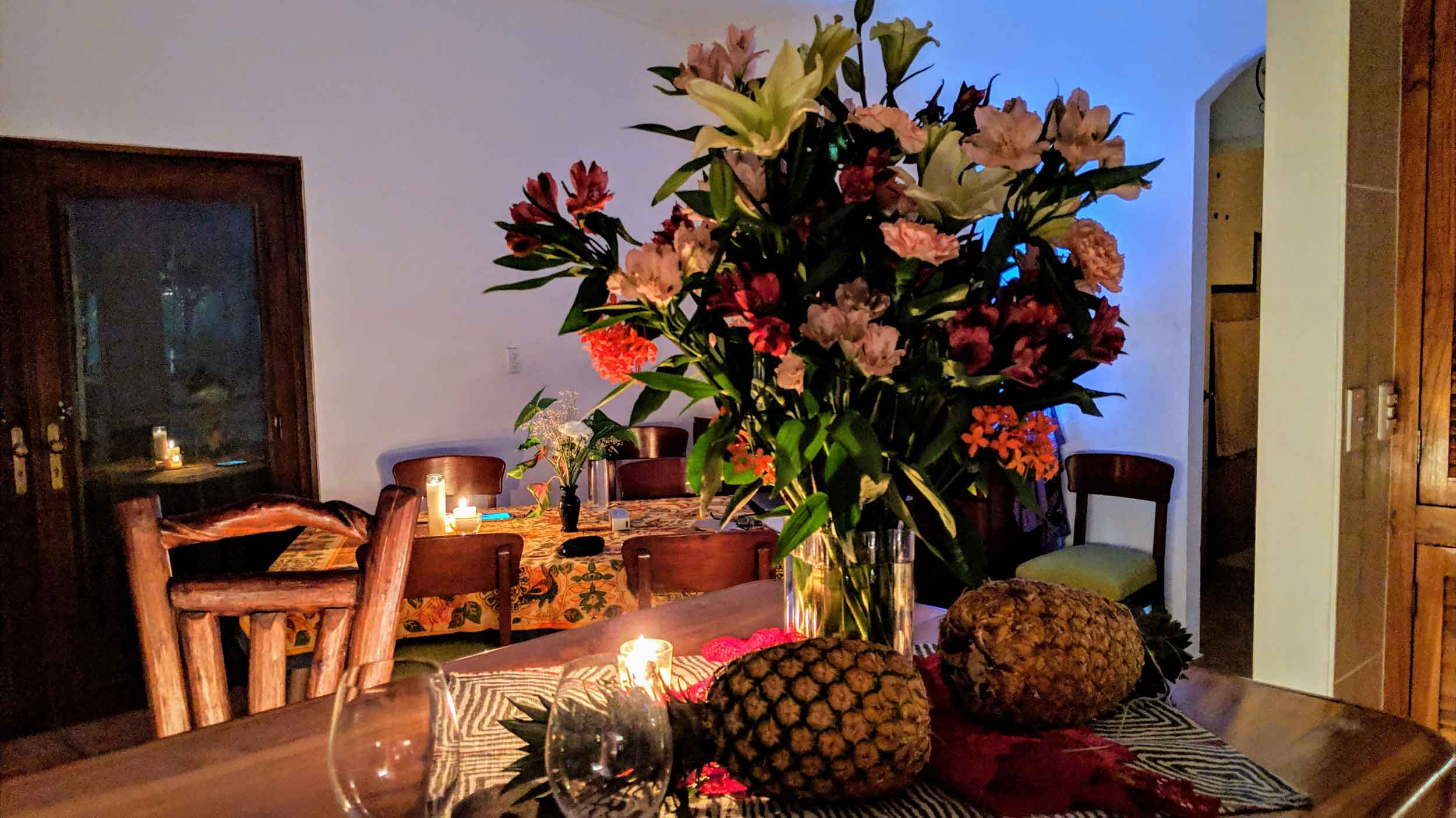 kitchen-flowers-drama.jpg