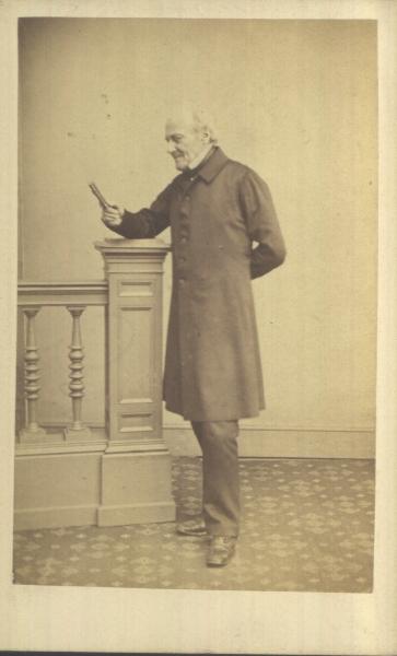 Carte-de-visite photograph  (1860- 1870)©Manchester City Galleries