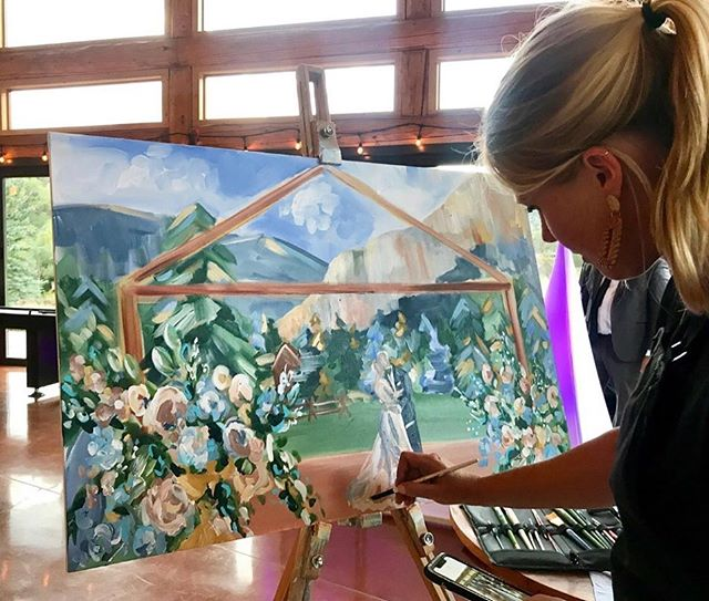 So many steps to 🤩LIVE PAINTING🤩 but @jennielouart breaks it down for us on the #positivelycreativepodcast. With trial and error, practice, just like anything (!), it becomes second nature! 📷 @jennielouart