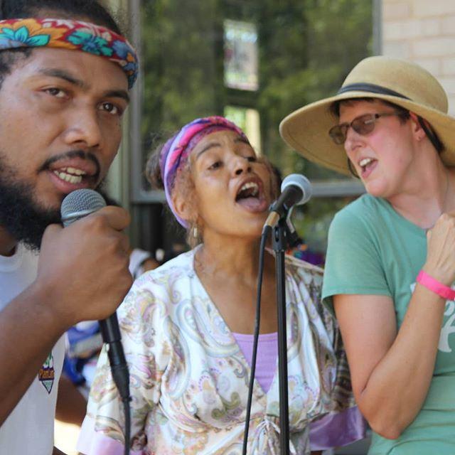 Shout out to the sangers @djcamchristian @ecosystemfarm @cloudydread @historic_westside_gardens 🎤❤️ #farmersjam #atlantafarmers #atl #farmers #jam