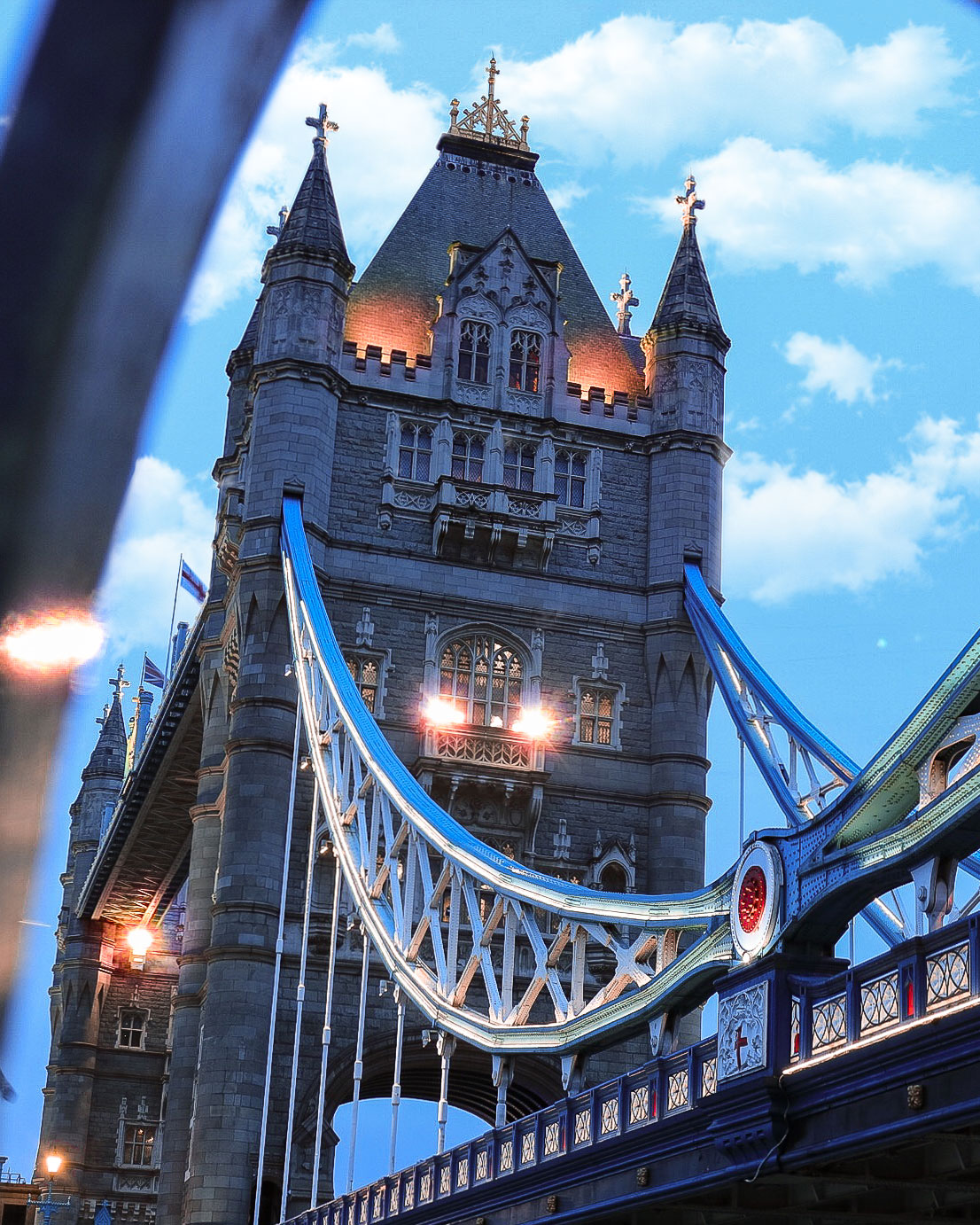 tower-bridge-clouds.jpg