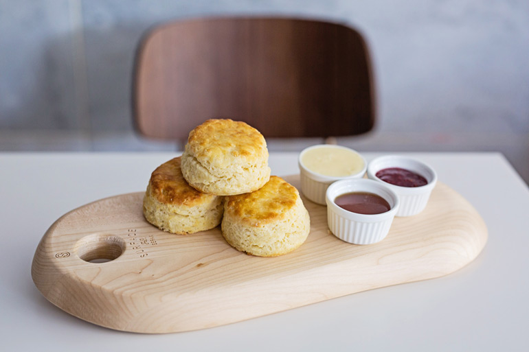 overeasy-Buttermilk_Biscuits_Overeasy_-_5_0.jpg