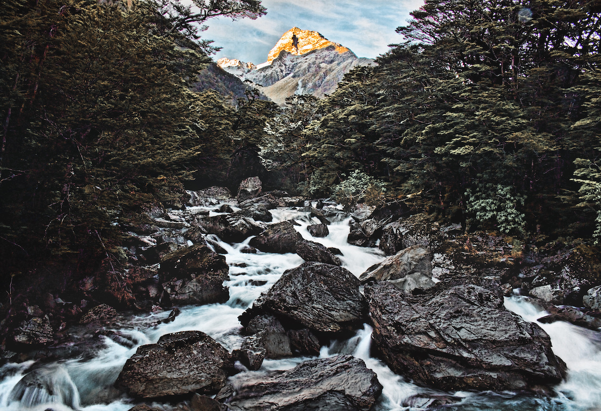 Routeburn Track - Mountain - River - NZ