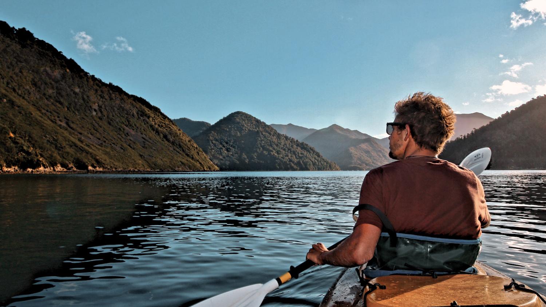 Kayaking Elaine Bay - Pelorus Sound, NZ