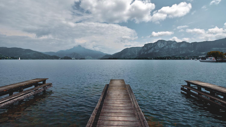 Mondsee Lake Promenade