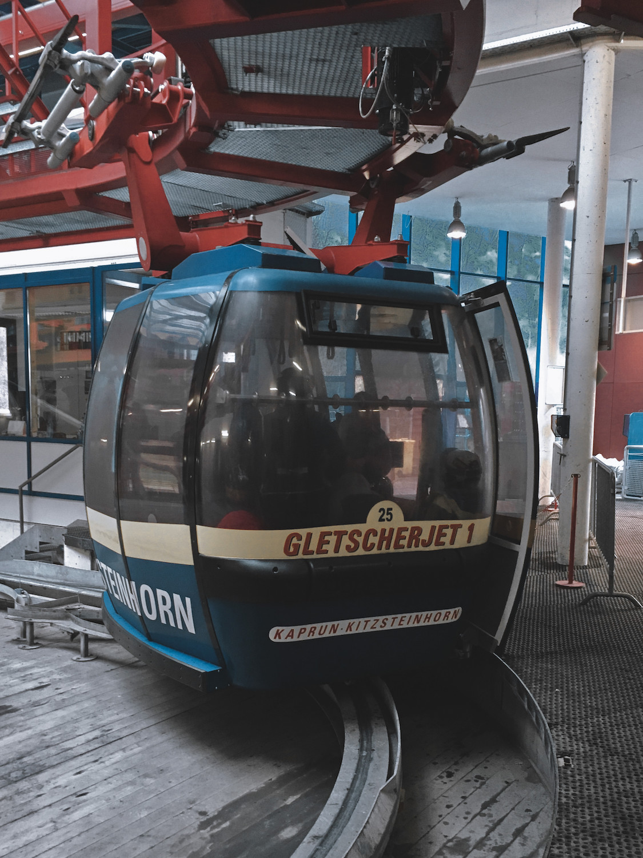 Kitzsteinhorn Cable Car - Kaprun