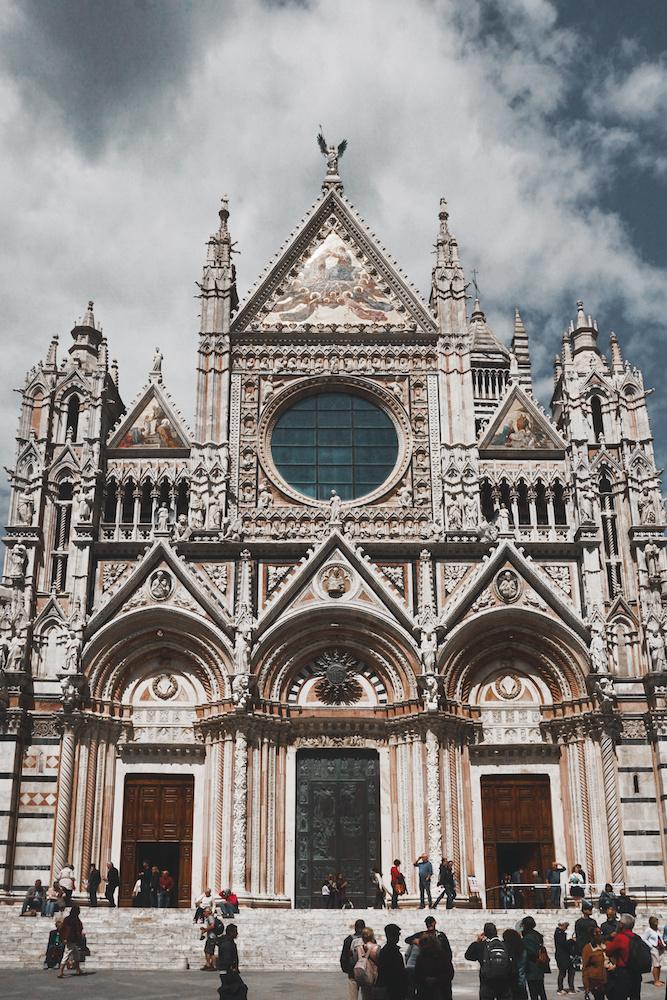 Duomo Church 3.jpg