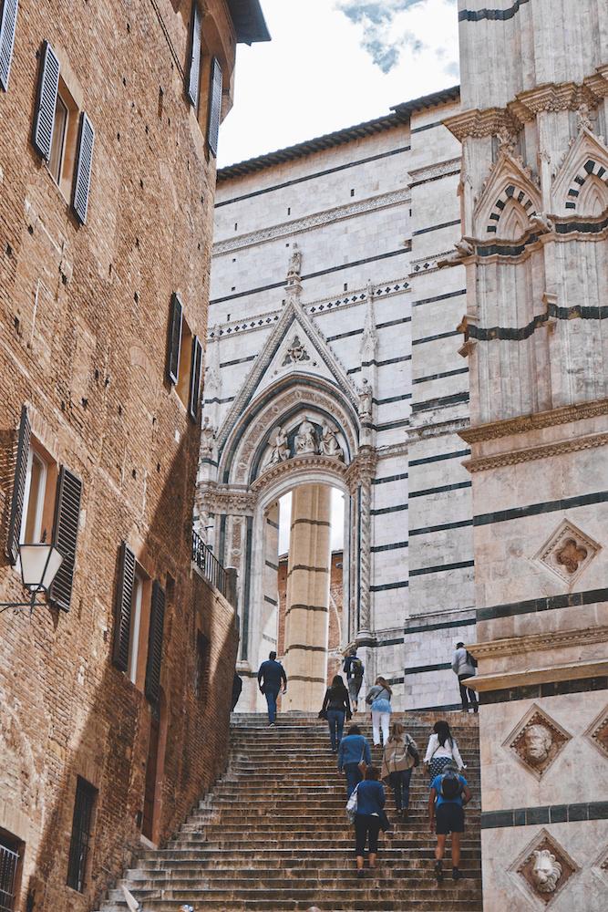 Duomo Stairs.jpg