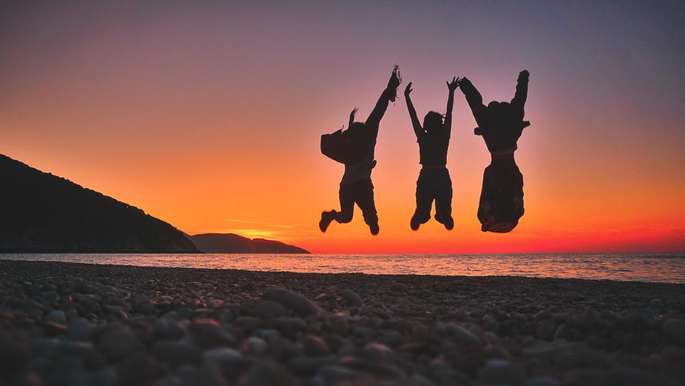 Myrtos Beach Sunset.jpg
