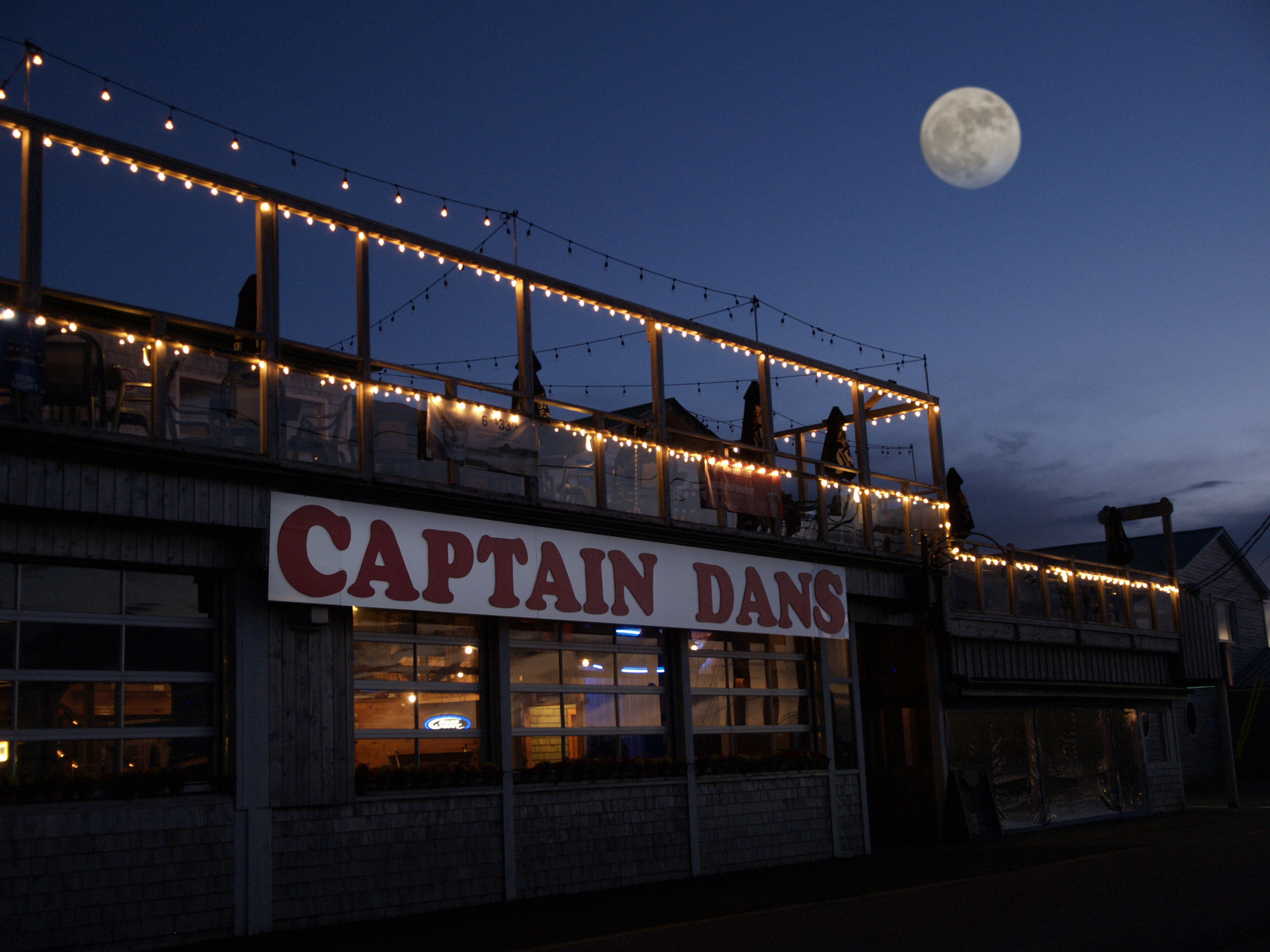 Captain Dan's Ext. night.jpg