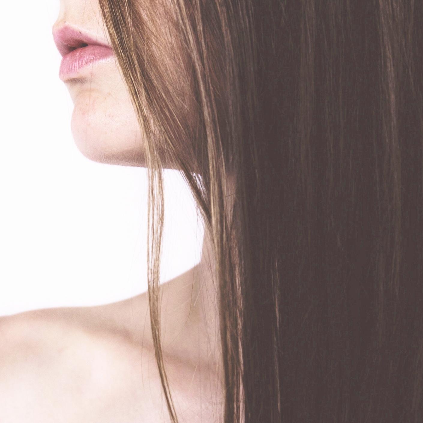 DIY Dry Shampoo :: Non-Toxic Beauty