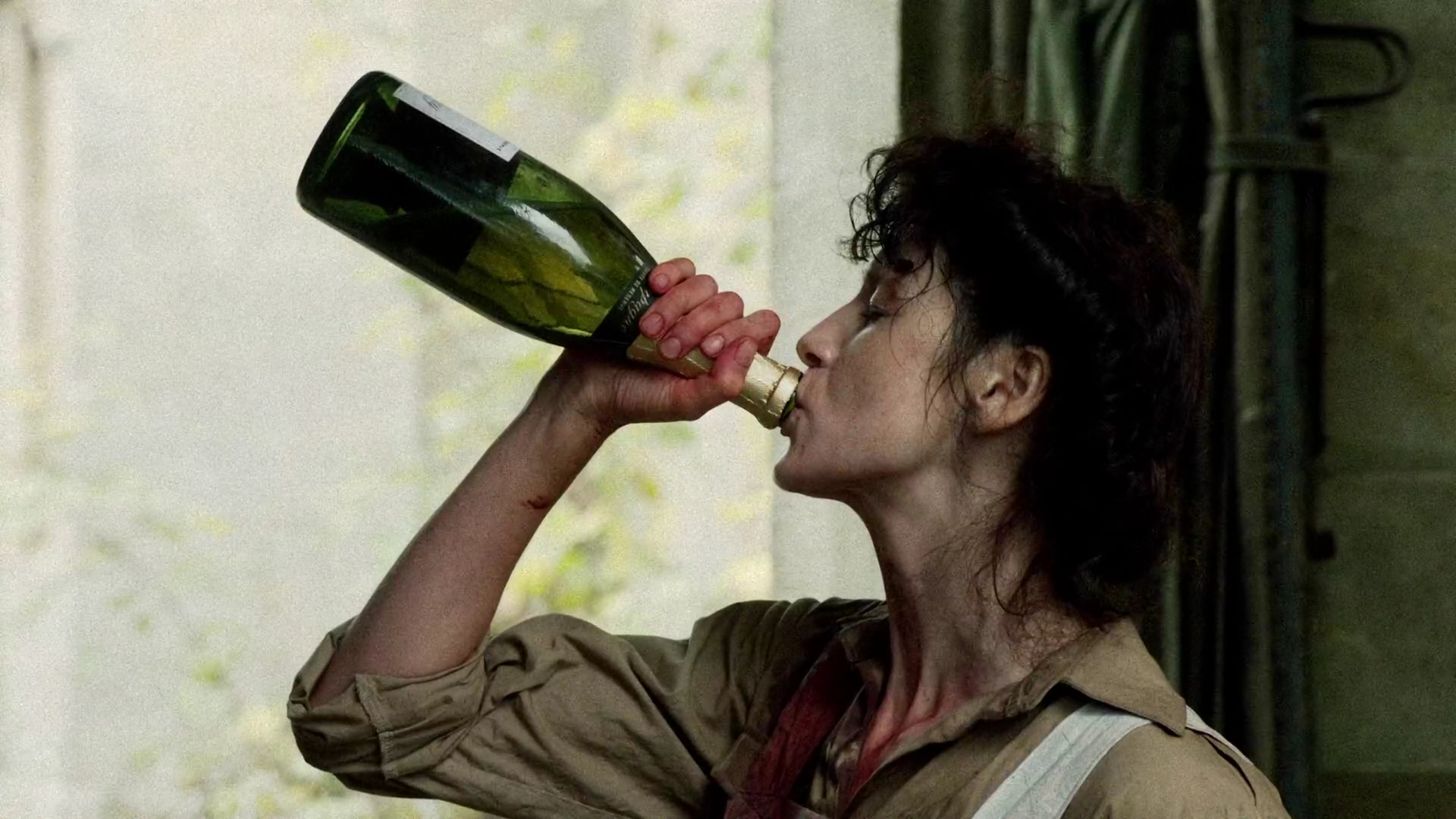 In the Outlander books there's a character that has malaria and Claire, f'ing genius, makes her own quinine. I think of that every time I take an antimalarial.