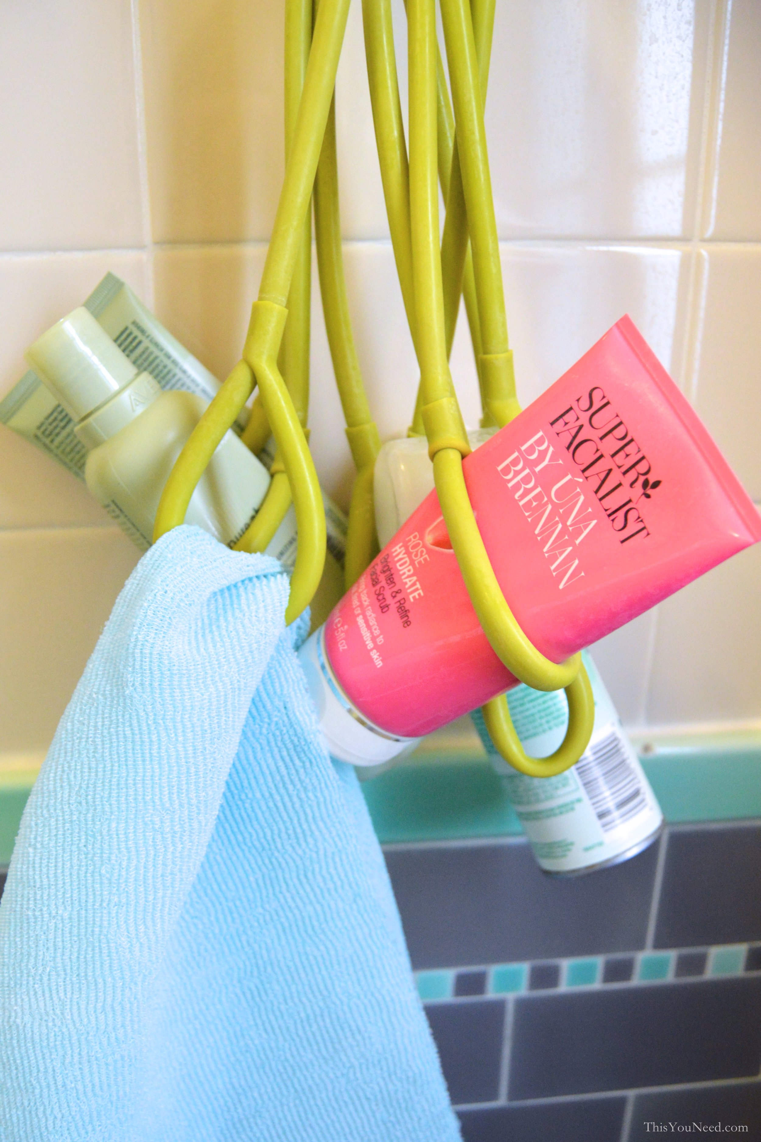 Shower-Squid-Salux.jpg
