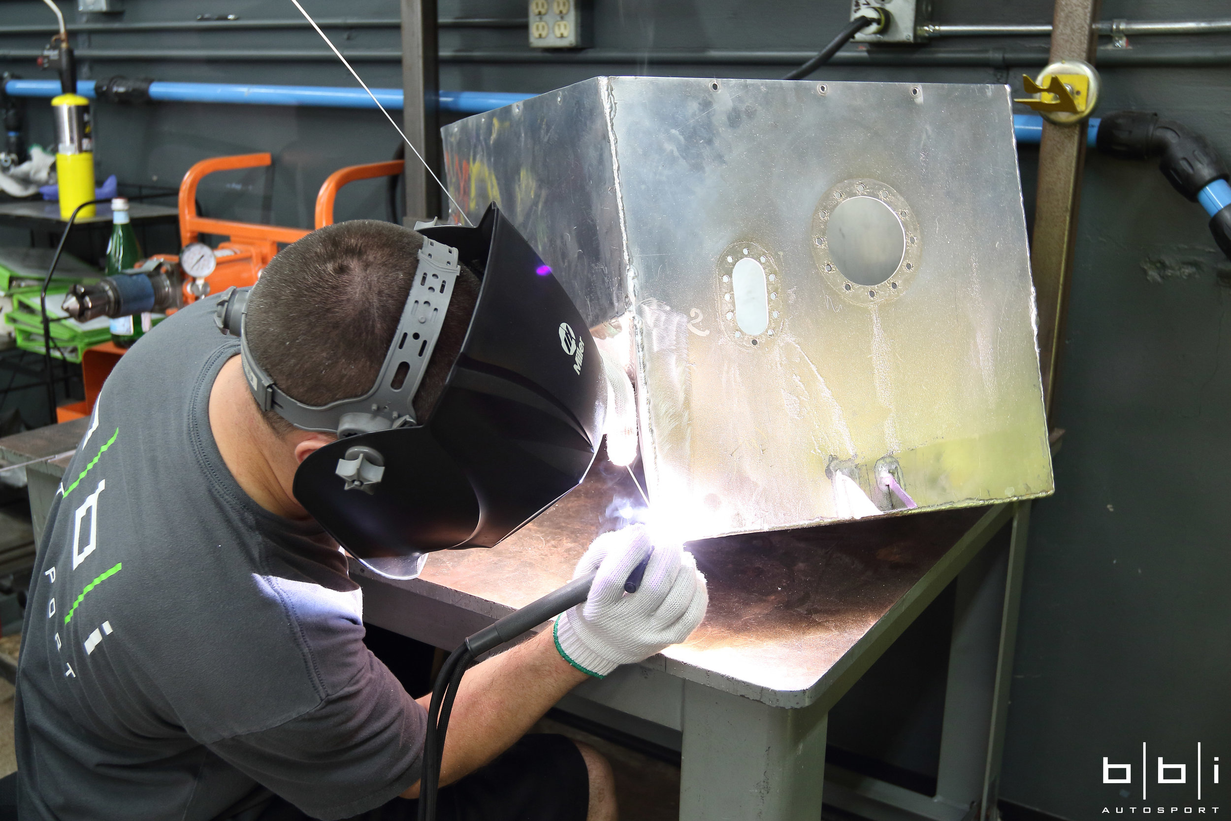 The fuel cell's aluminum container was damaged and need to be welded before inserting the new foam baffling.