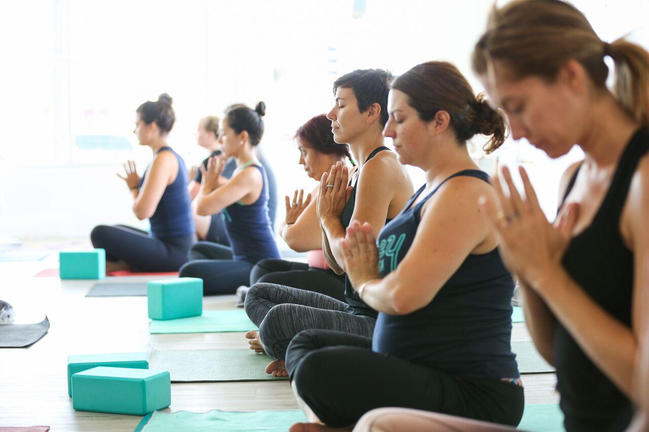 honey-yoga-teacher-training