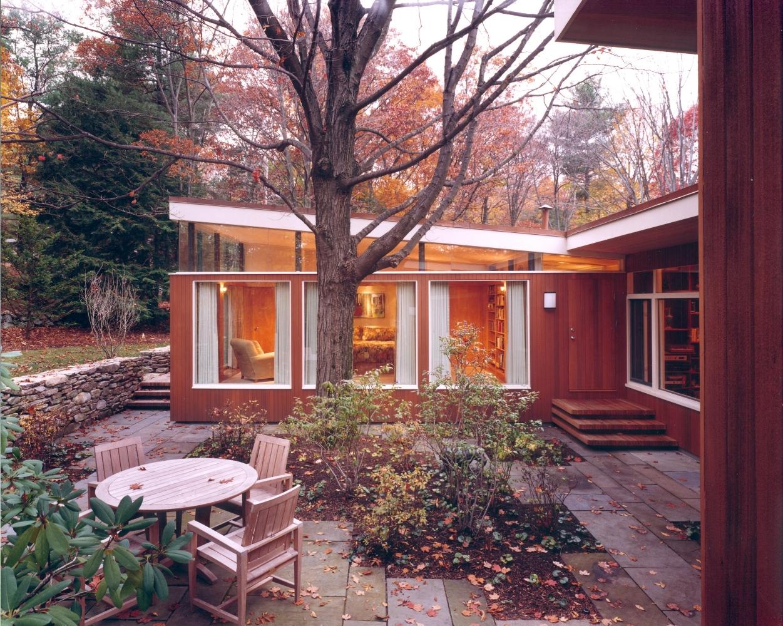 TY_bedroom_exterior.jpg