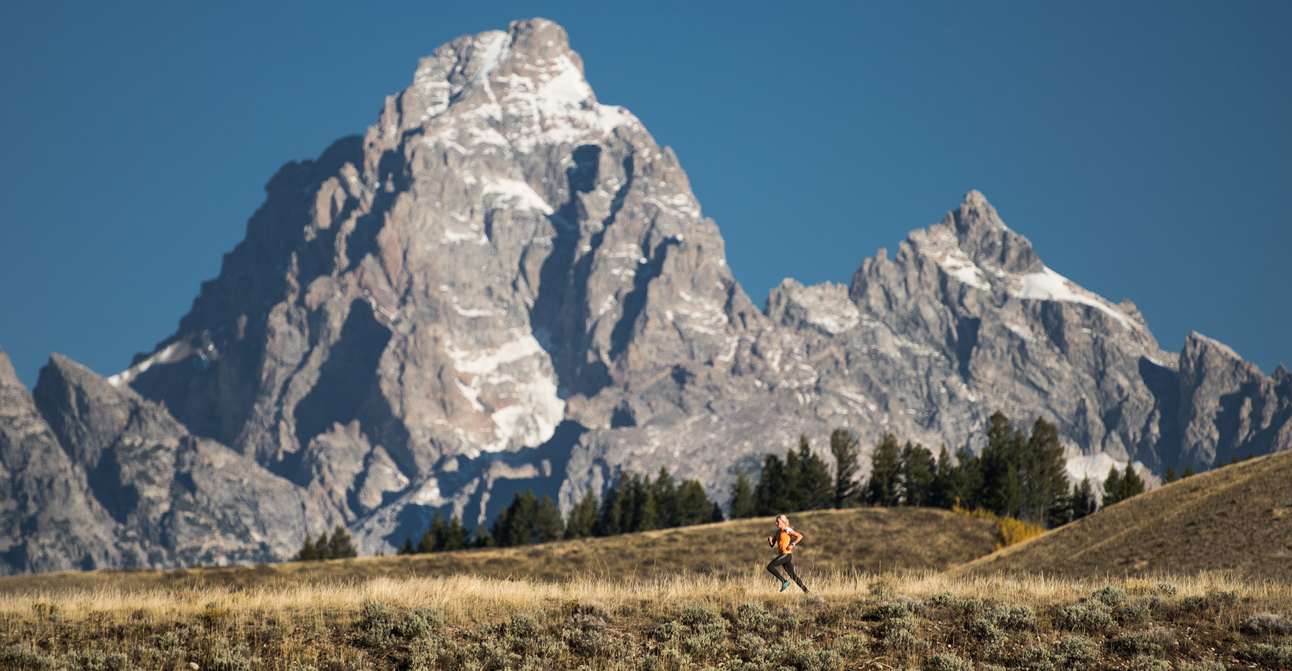 Lane_Peters_Multimedia_Tetons_running.jpg
