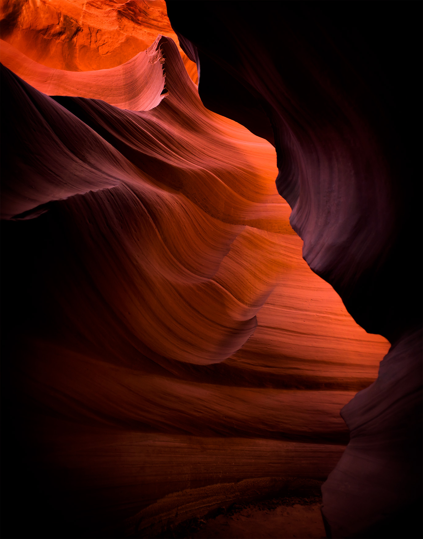 Lower-Antelope-Canyon_Lane-Peters.jpg