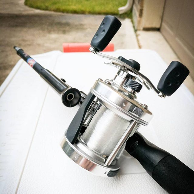 HAVE ROD WILL TRAVEL. Our #steinhauser #travelrod is ready to go whenever you are! Hit the road and do some fishing along the way with a Steinhauser Travel Rod!  #notangler #notangle #travel #fishing #fishingrod #fisherman #fisherwoman #getoutside #go #wander #explore #fish #telescopic #rodsandreels  Thank you for another great fishing pic @footejohn